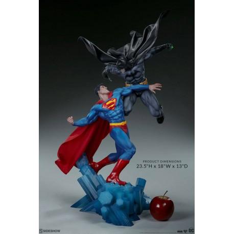 SIDESHOW - BATMAN VS SUPERMAN DIORAMA