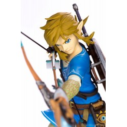 FIRST 4 FIGURE -  THE LEGEND OF ZELDA BREATH OF THE WILD - LINK PVC