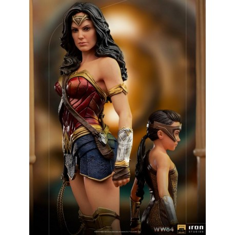 IRON STUDIOS - WONDER WOMAN & YOUNG DIANA DELUXE - ART SCALE 1/10