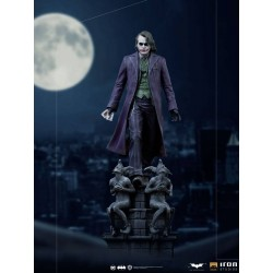 IRON STUDIOS - BATMAN THE DARK KNIGHT - JOKER DELUXE ART SCALE 1/10